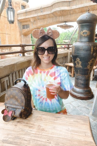 what to wear to disney in the summer shein tie dye shirt with mouse ears at starwars hollywood studios
