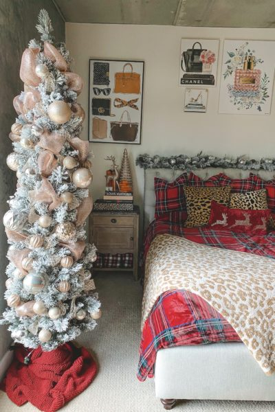 christmas bedroom decor 2020 with metallic tree
